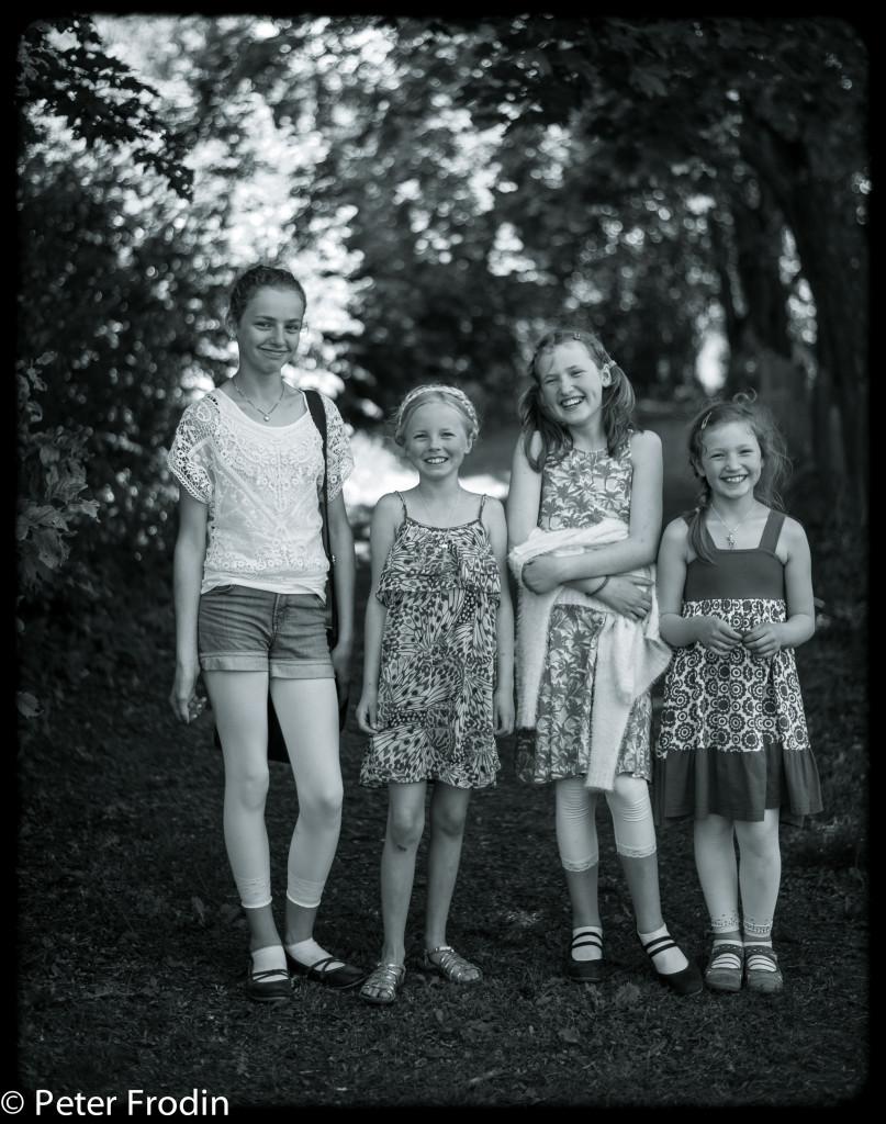 Nu har dessa glada tjejer ett sommarlov framför sig.